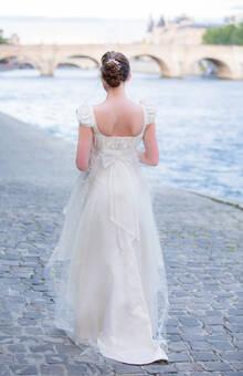 Beaumenay Joannet Paris - Robe de mariée Joséphine, soie et broderie de perles
