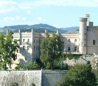Beispiel: Außenansicht, Foto: Schloss Wolfsberg.
