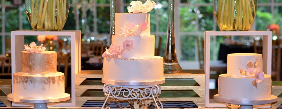 Trío de tortas para mesa dulce de novios