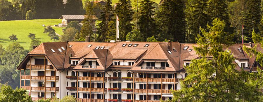 Facade Grand Hotel Park