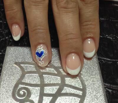 Unhas de Noiva (em Gel ou Acrílico) Nail Art feito à mão