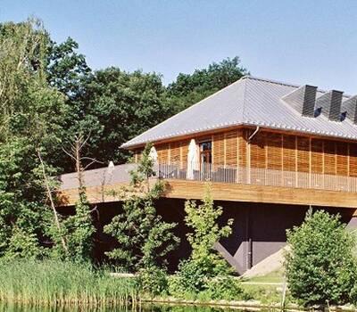 Beispiel: Außenansicht, Foto: SeePavillon am Tegeler See.