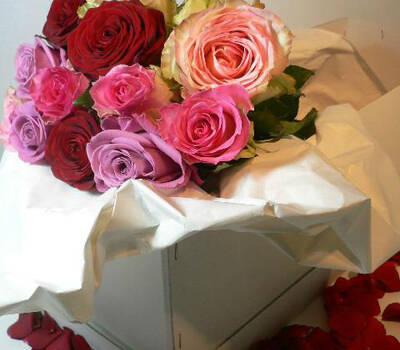 Beispiel: Bunter Brautstrauß, Foto: Florale Welten.