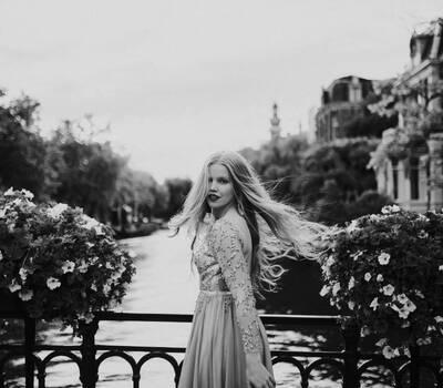 Silvia Falconer Photography.