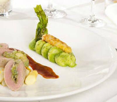 Beispiel: Angemachter Tisch, Foto: Marktwirt Catering.