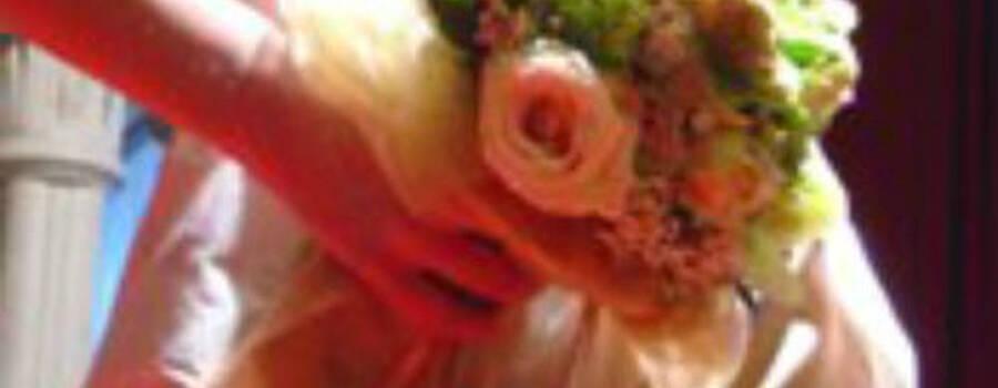 Beispiel: Brautstrauß, Foto: Blumen-Boutique Schmitz.
