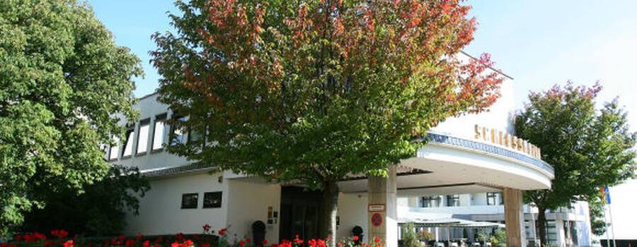 Beispiel: Außenansicht, Foto: Schlosshotel Bad Wilhelmshöhe.