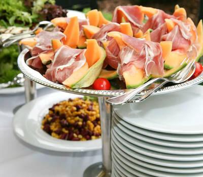 Beispiel: Buffet, Foto: Fest & Gast Catering.