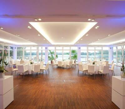 Beispiel: Hochzeitsgedeck, Foto: Seepavillon.