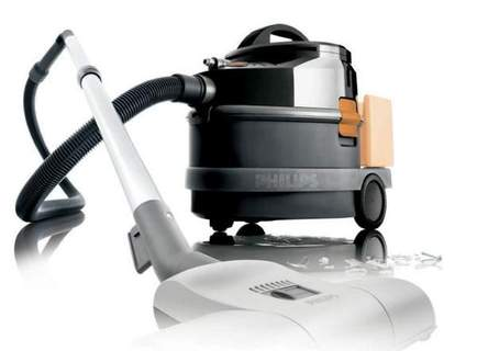 Aspirateur Triathlon wet and dry de Philips.