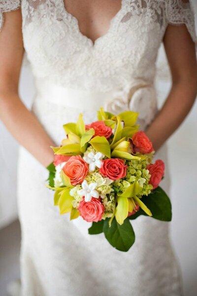 Des idées pour une décoration de mariage couleur corail