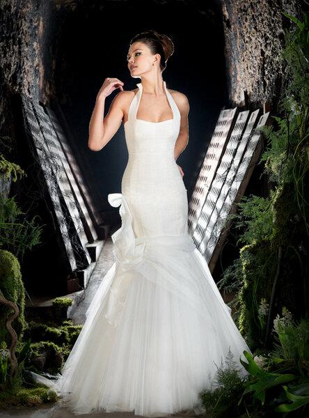 Vestidos de novia con cuello halter para 2013