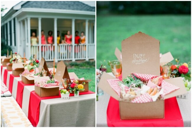 Hochzeits.Catering: Boxen für das Essen, Foto: Eric Kelley Photography