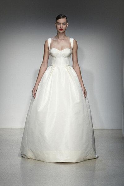 Amsale Fall 2013 Bridal Collection. Foto: www.amsale.com