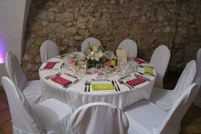 Serviette de table colorée pour vos tables de mariage
