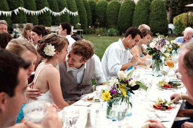 Seu casamento no jardim: um lugar lindo e cheio de alegria. Foto: Sarah Culver