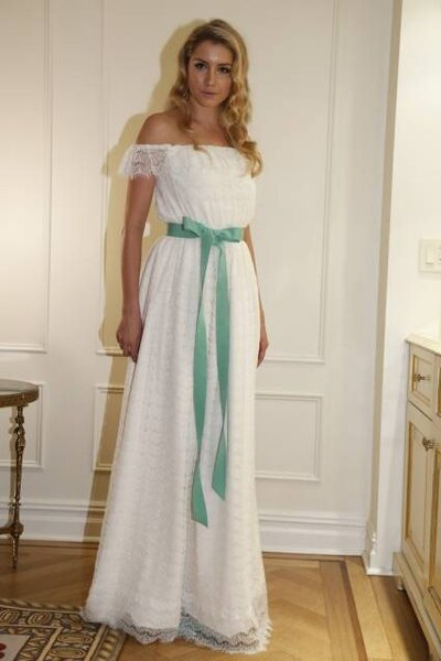 Vestido de noiva da coleção Outono 2013 de Fancy Bridal. Foto: Fancy Bridal