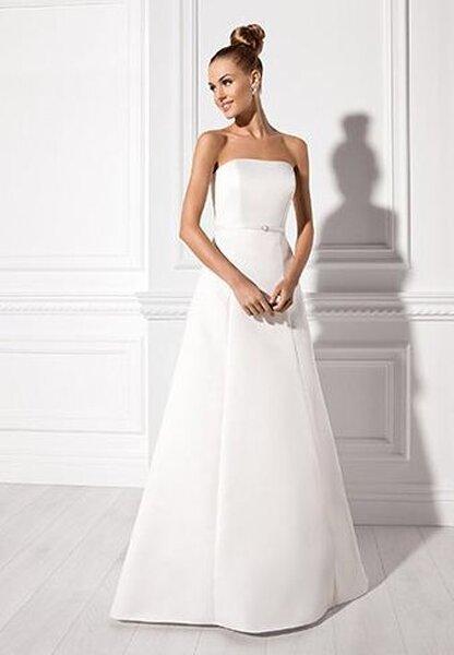Suknia ślubna 2013 z kolekcji Elizabeth Passion