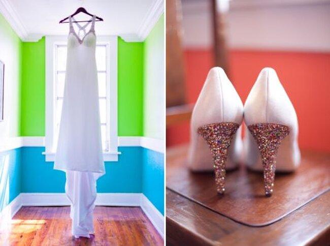 Détails brillants pour la tenue de mariée. Photo: Thompson Photography Group