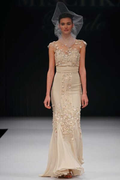 Robe de mariée colorée Badgley Mischka Automne 2012