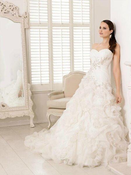 Robe de mariée Divina Sposa 2013