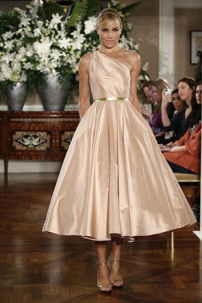 Vestidos para invitadas de bodas Romona Keveza Otoño 2013