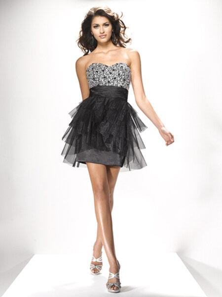 Little Black Dress Collezione 2013 Flirt by Maggie Sottero. Foto: www.flirtprom.com