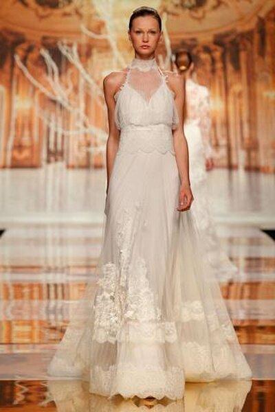 Suknia ślubna z kolekcji Youlan Cris 2014