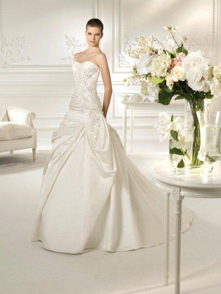 Brautkleider Kollektion 2013 von White One