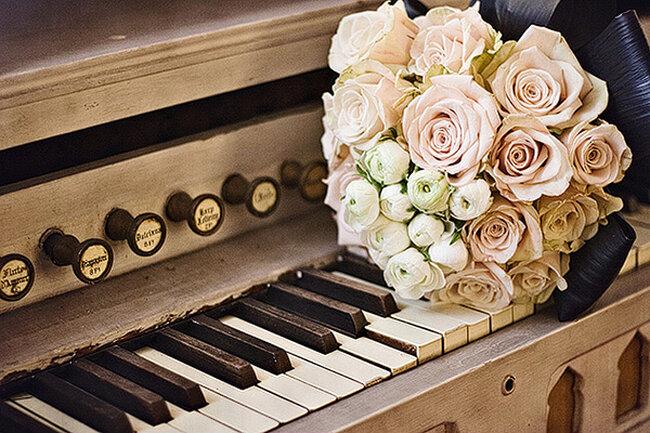 A música como inspiração no seu casamento. Foto: N. Barrett Photography