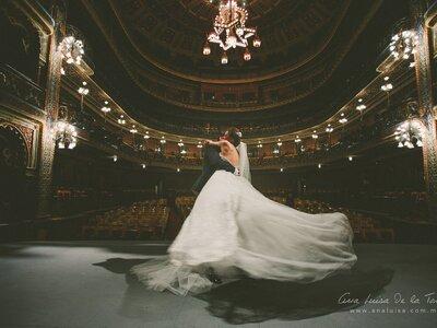 5 tips para contratar al grupo musical de tu boda: ¡Evita la pista de baile vacía!