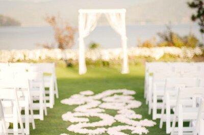 Des pétales de fleurs pour une décoration romantique et estivale