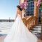 Suknia ślubna z trenem i odkrytymi plecami, Foto: Sincerity Bridal 2015