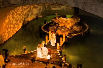 Increíble boda de Claudia y Tito en la Capilla de Guadalupe, XCARET