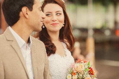 Janaína e Thiago: casamento rústico à beira mar em Santa Catarina