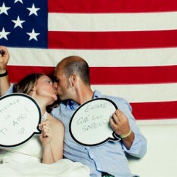 Il divertente photobooth a stelle e strisce di Emma ed Alessandro