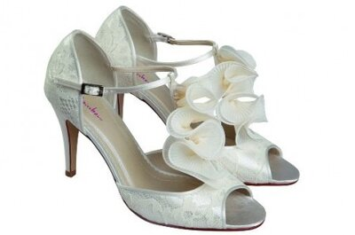 Mix de tendencias 2013 en zapatos de novia