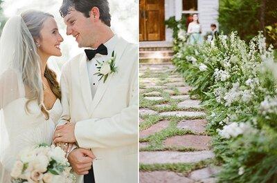 Real Wedding: Una boda encantadora en un mágico jardín con acentos en azul sutil