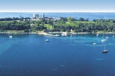 L'Abbaye de Lérins, un havre de paix entre terre et mer pour votre réception de mariage sur une île