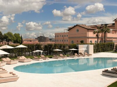 Hoping for a Relaxing and Luxurious Wedding? The Answer Awaits You in the Heart of Rome