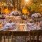 Decoração Rosa Quartz na mesa de convidados .