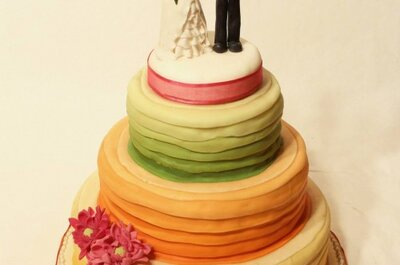 Tortas de novios con colores en degradé