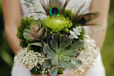 Fleurs sauvages en bouquets de mariée