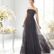 Vestido largo negro strapless para damas de boda