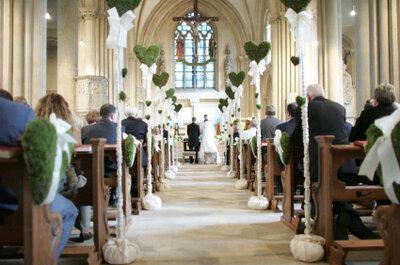 Edle Hochzeitsdekoration für die Kirche
