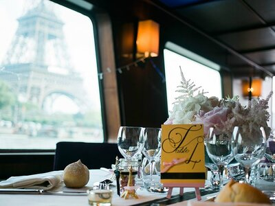 Get Married on the Seine River and See Paris in a Whole New Light!