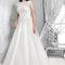 Długa suknia ślubna w rozmiarze XL, Foto: Agnes 2015