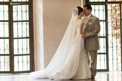 Una boda con entorno fantástico, detalles mexicanos y acentos color rojo... ¡No te la pierdas!