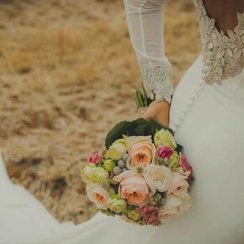 50 Bridal Bouquets for 2017: Add a Splash of Color to Your Big Day!