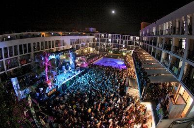 Un viaggio di nozze a Ibiza o a Mykonos?